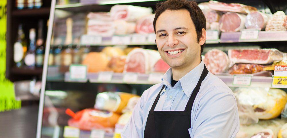 خدمات مشتریان در سوپرمارکت